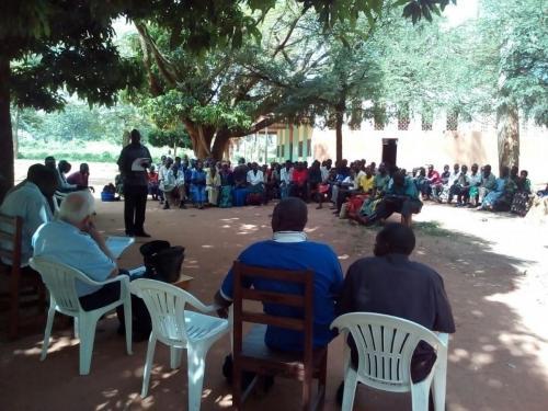 discussione e partecipazione con la comunità locale