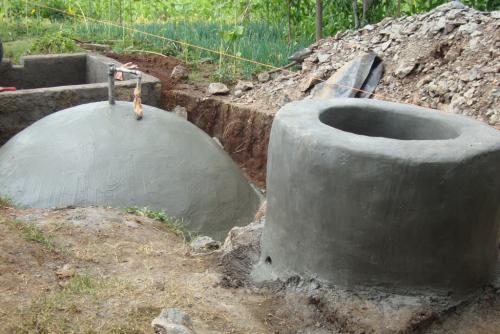 cisterna per biogas con pozzo